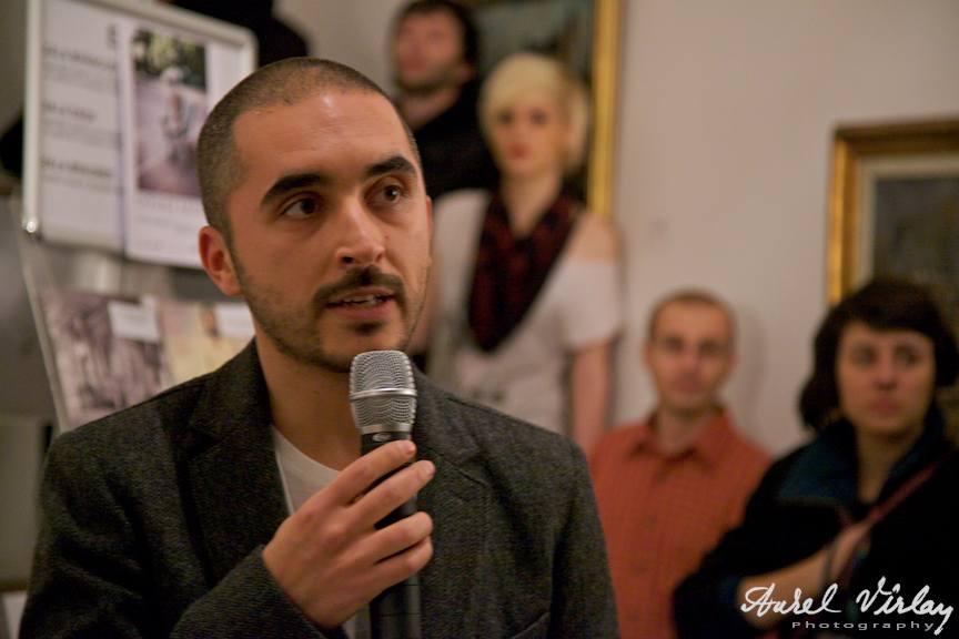 Fotograful Alex Galmeanu vernisand expozitia personala la Artmark