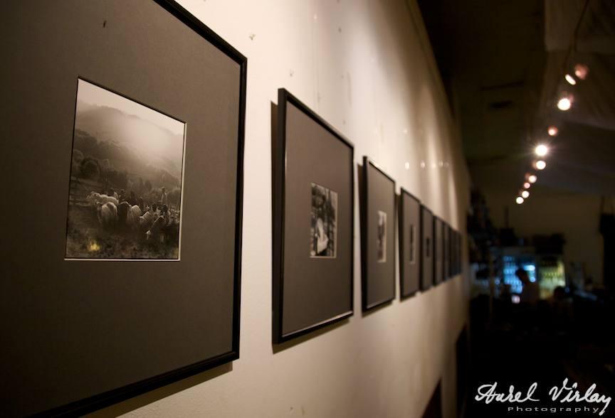 """Expozitie fotografica """"45N/27E"""" - Radu Grindei"""