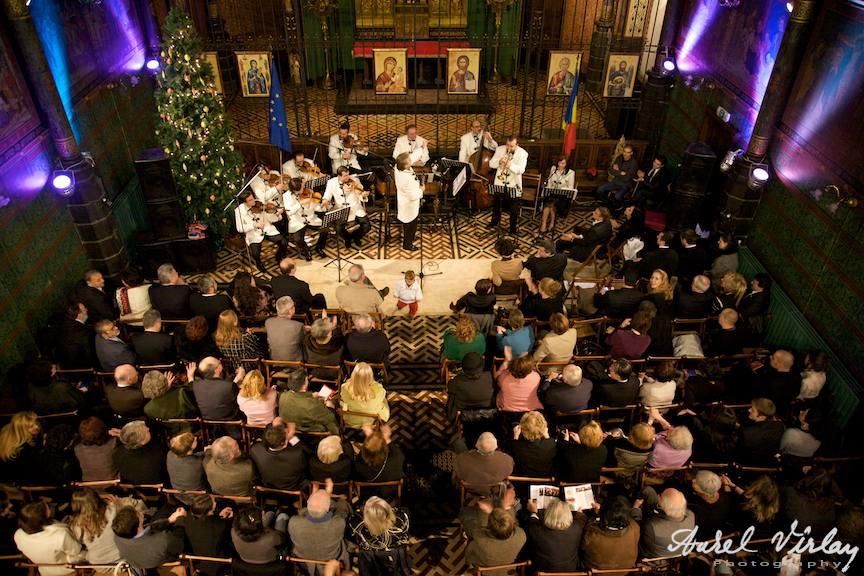 Orchetra Nationala de Folclor | Fotografie in Centrul Spiritual Romanesc, Bruxelles