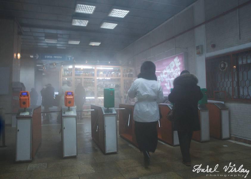 ceata-metrou-bucurestean-fotojurnalism