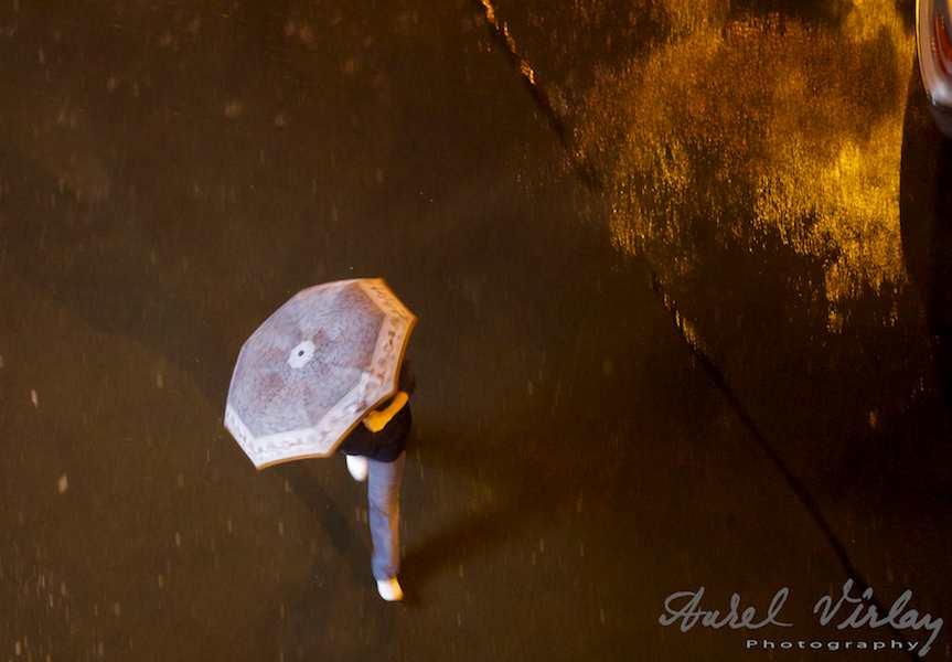 Umbrela-ploaie-Bucuresti