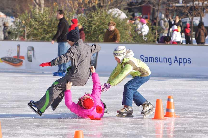 parabola-cazaturi-patinoar