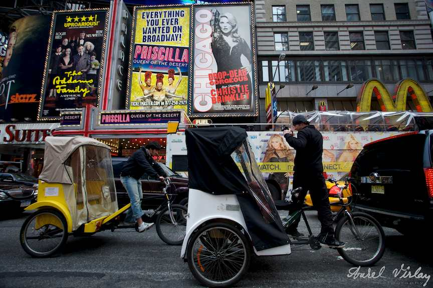 Foto-NewYork-time-square-taxi