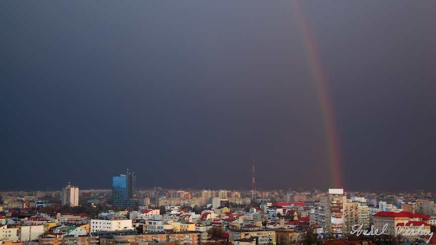 Rainbow - Curcubeul peste orasul Bucuresti.