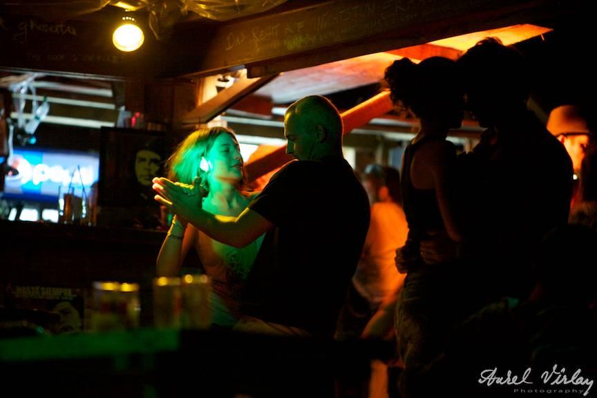 Fotografia El Comandante in barul de sub Restaurantul Corsaru.
