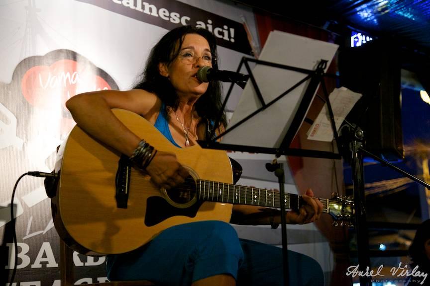 Zoia Alecu in concertul de lansare Printre Lupi la Barba Neagra Vama Veche.