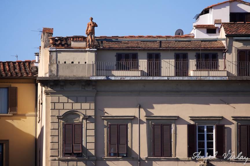 Italy-Firenze-architecture-statue-Street-Photojournalism-Aurel-Virlan-23