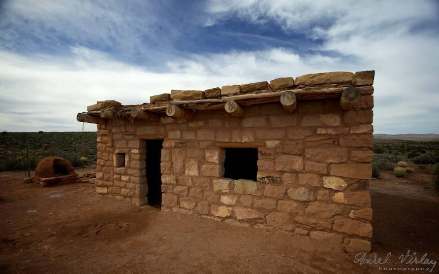 Fotografii-peisaje-arhitectura-indiana-USA-Hualapai-casa-exterior-Grand-Canion-landscapes-photography-Aurel-Virlan-13