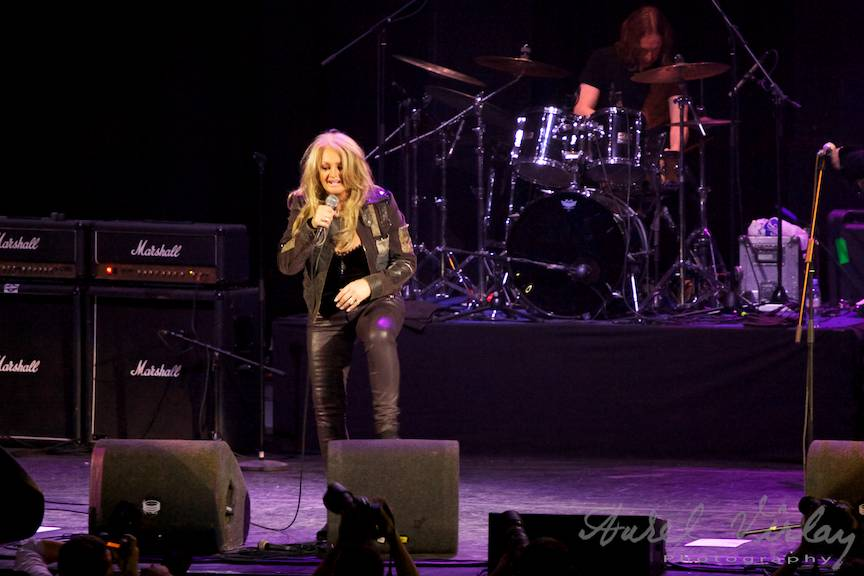 Bonnie-Tyler-Sala-Palatului-Bucuresti-Fotografii-concerte-Aurel-Virlan