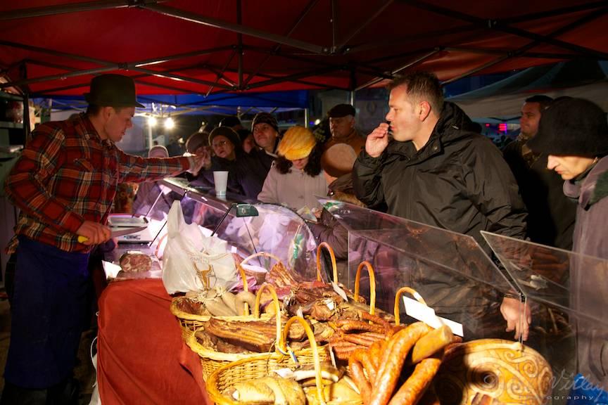 Fotografii-carnati-traditionali_Sarbatorile-Craciunului-Bucharest-Christmas-Market