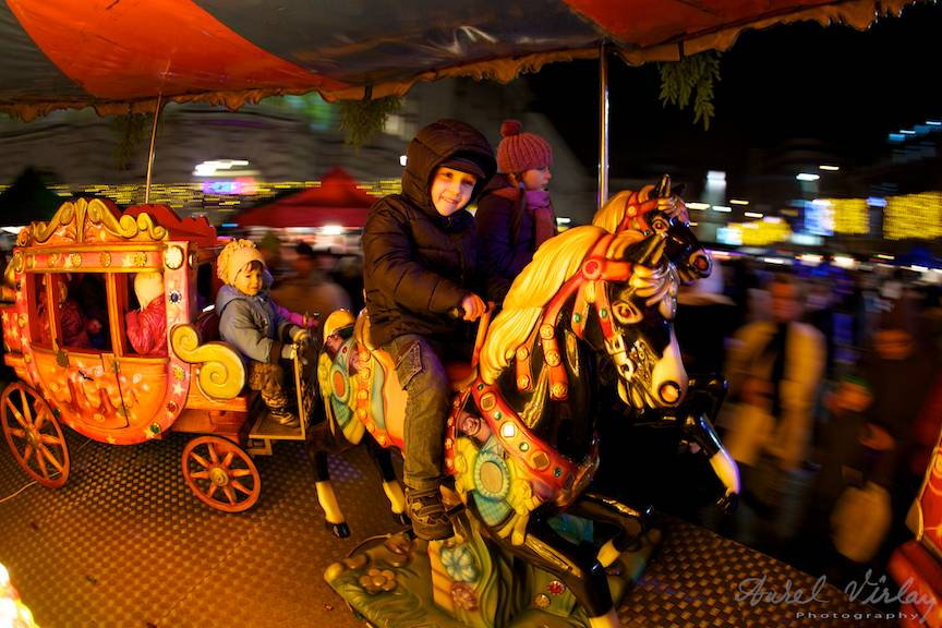 Bucharest-Christmas-Market-calusei-copii-FotoAurelVirlan-05Decembrie