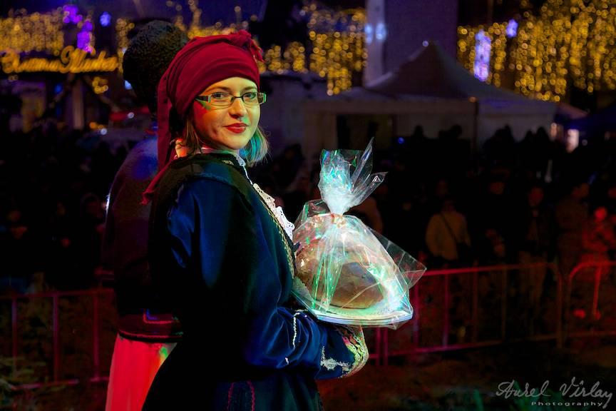 Tanara-Sarighiol-Tulcea_Bucharest-Christmas-Market-concerte-populare-FotoAV