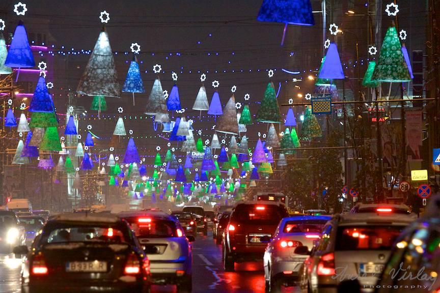 Luminile orasului Fotografii seara sarbatori Bucuresti