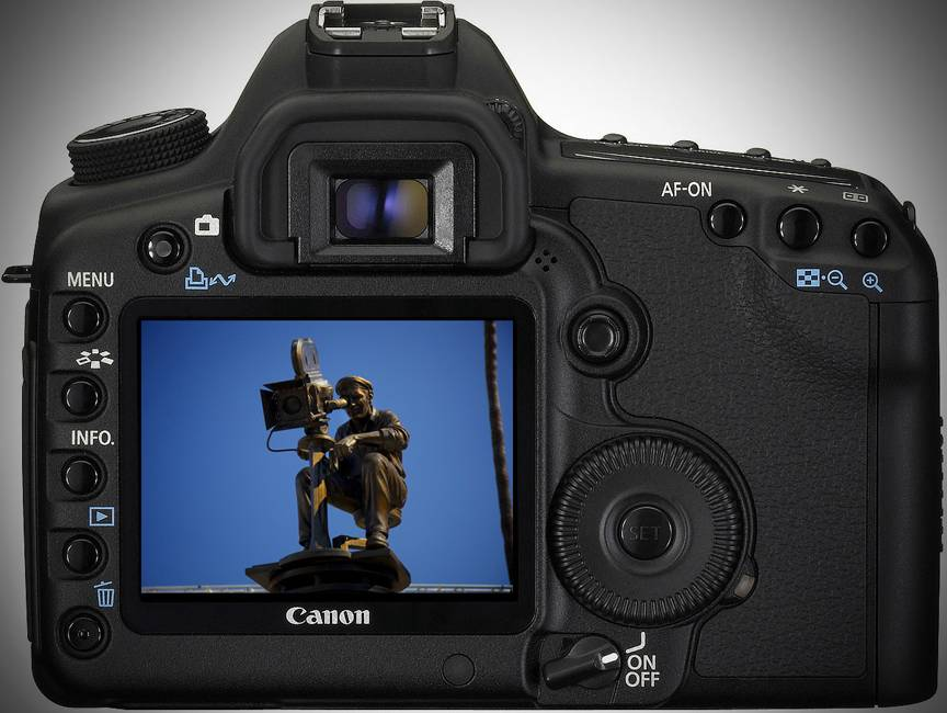 Canon-EOS-5D-MarkII-vand-aparat-fotografi-profesionisti-2