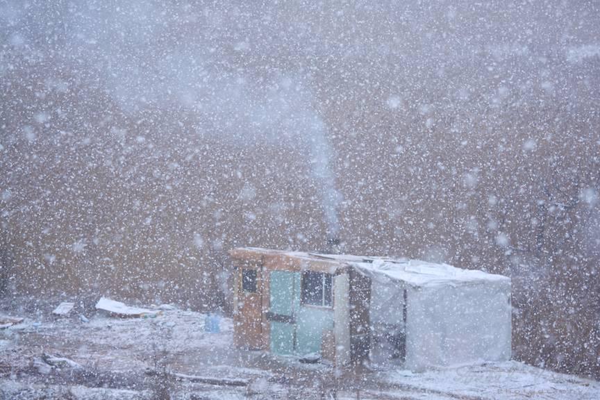 Zapada-mieilor peisajul foto baraca homeless Bucuresti-iarna 14