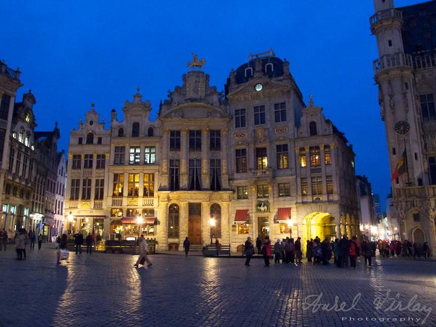 fotografii-strada-noaptea-Bruxelles-Belgia