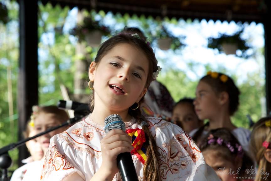 Portret foto din concertul copii Mladite Ilfovene