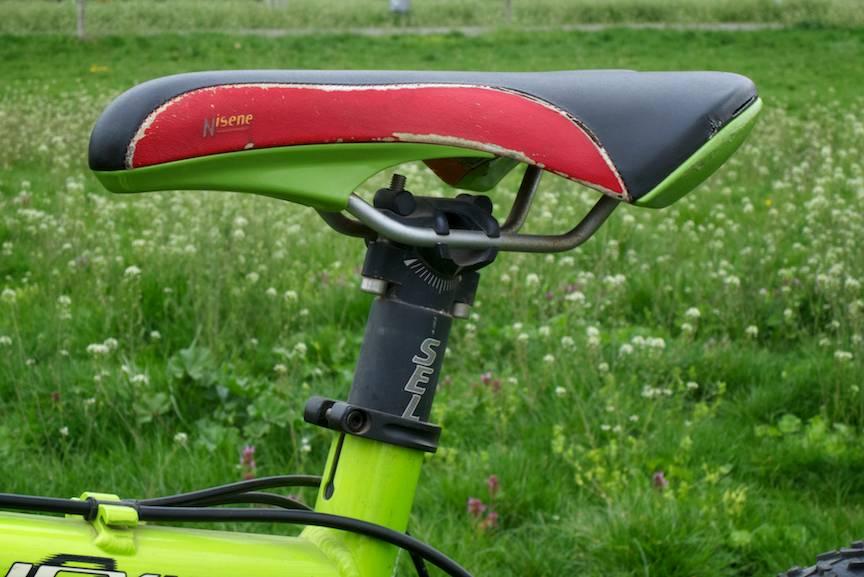 Vand-Bicicleta-MTB-Kastle-Hex-1000-pret-1200e-FotoAV-5