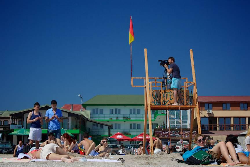 Cameraman-Vama-Veche-Salvamar-Pisica-RTV-FotoAV-plaja
