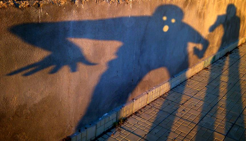 Umbra foto expresiva inspiratie dupa Strigatul lui Edvard Munch.