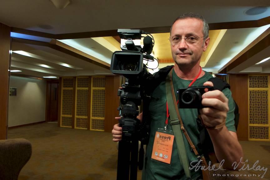 Fotograful calator - Autoportret in oglinda cu Leica D-Lux6