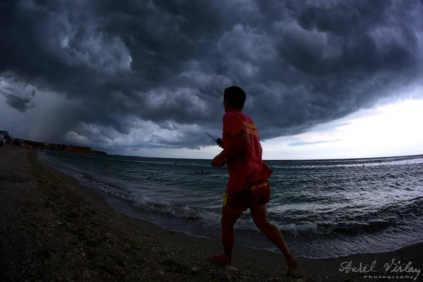 Salvamarul in actiune Cod Rosu de Furtuna pe Marea Neagra.