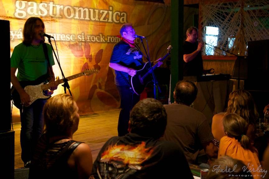 Fotografii concert: Mircea Baniciu, Vladi Cnejevici si Teo Boar Vama Veche Papa-la-Soni.