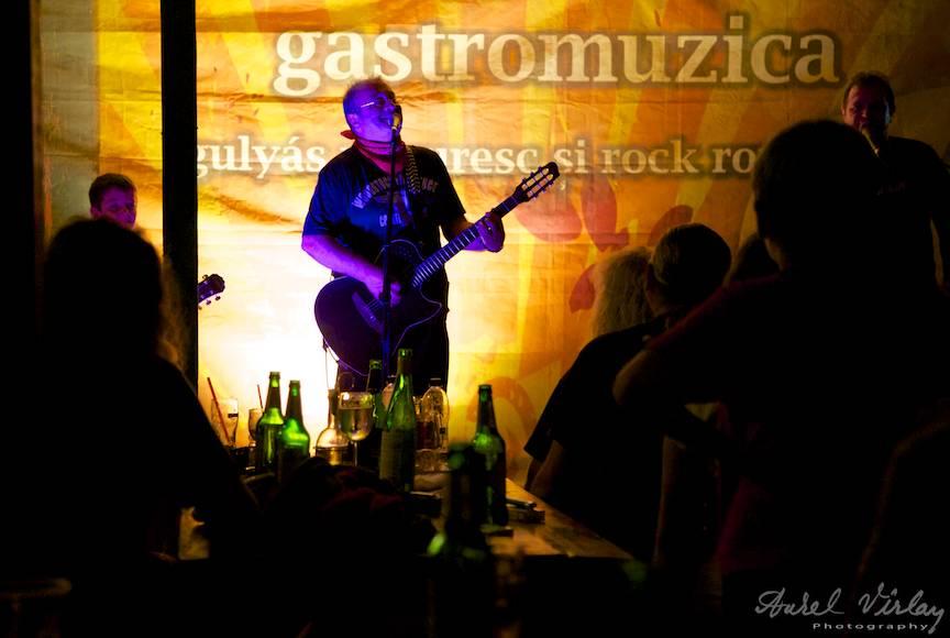 Fotografie atmosfera Seara de concert Mircea Baniciu 30-31 iulie in Vama Veche.