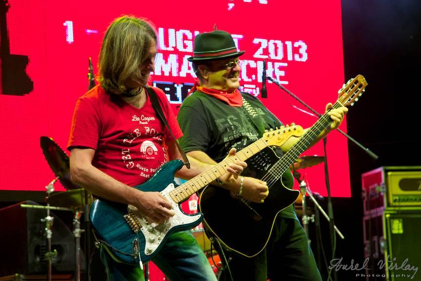 La Vama Veche duet de chitare Teo Boar si Mircea Baniciu.