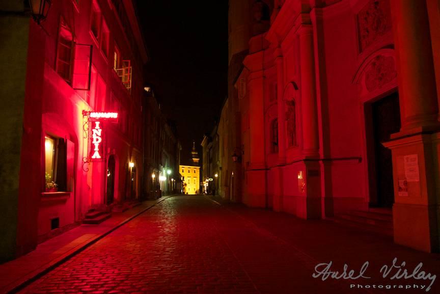 Fotografia in Lumina Rosie fara a fi Red Light District!