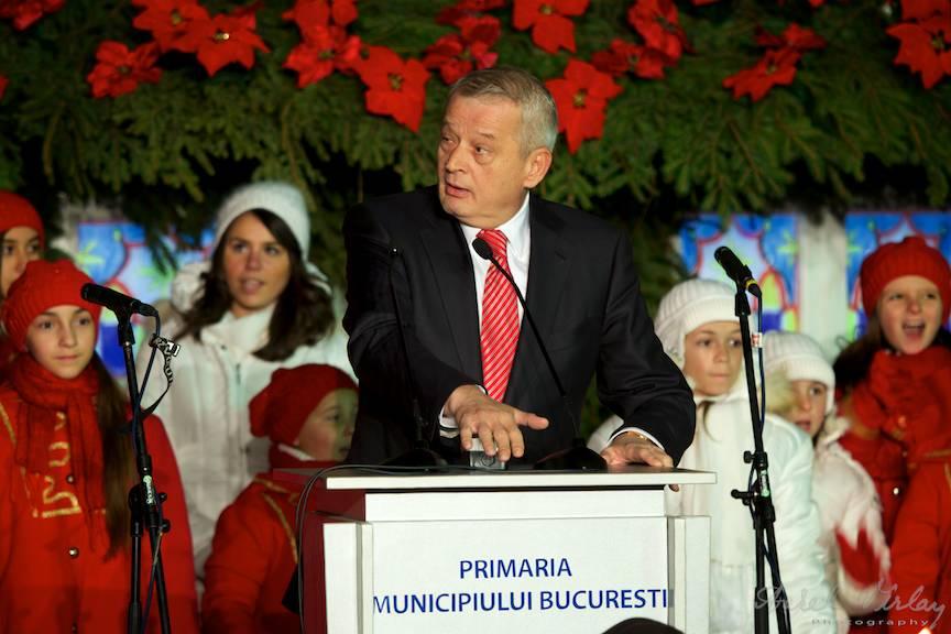 Primarul Municipiului Bucuresti uimit si incantat de Luminile Orasului!