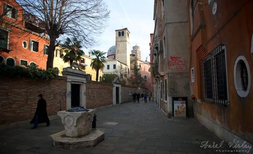 Cu aparatul foto in centrul instoric al orasului Venetia.