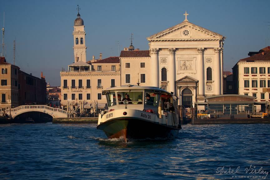 Venetia vazuta de pe Grand Canal.