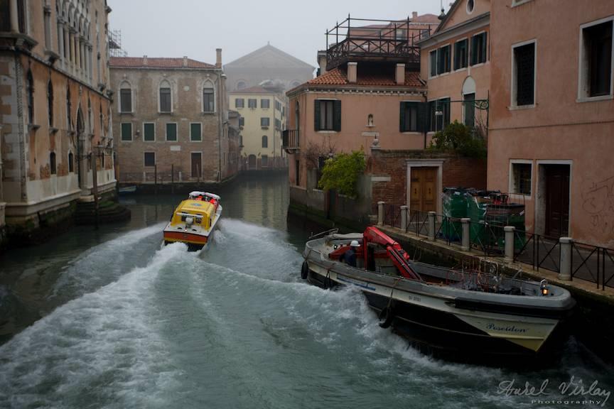Fotografia la zi din orasul Venetia.