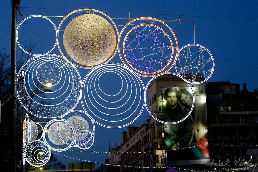 Reclame printre Luminile de Sarbatori ale Orasului Bucuresti