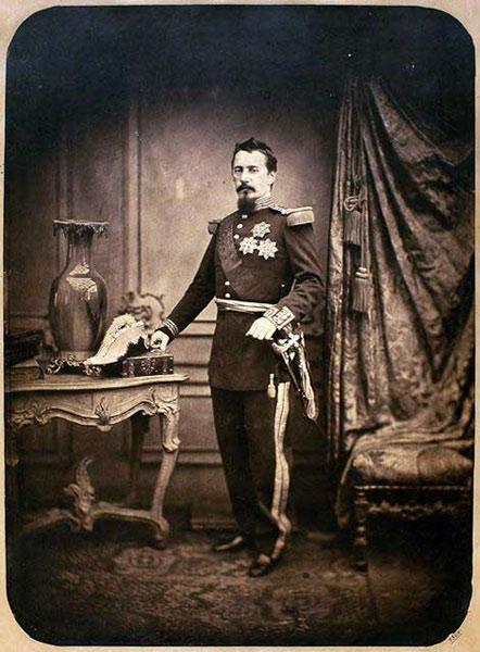 Alexandru-Ioan-Cuza-fotografie-cca-1863-Carol-Popp-de-Szathmary
