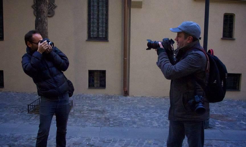 Aparatele foto Canon EOS 5D Mark III cu obiective diferite.