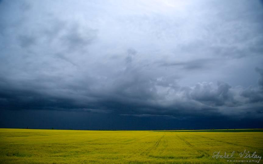 Cerul de furtuna este vremea buna pentru orice fotograf!