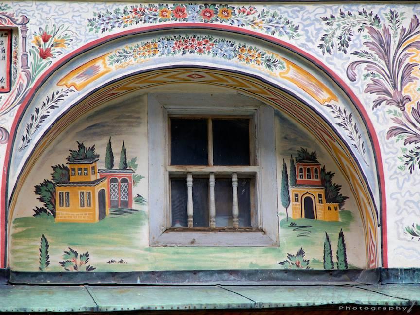 _Manastirea Rila Bulgaria Foto-Aurel-Virlan 05 fereastra picturi murale