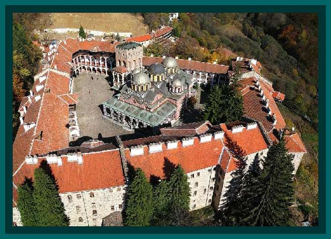 Manastirea-Rila-Bulgaria-vedere-aeriana