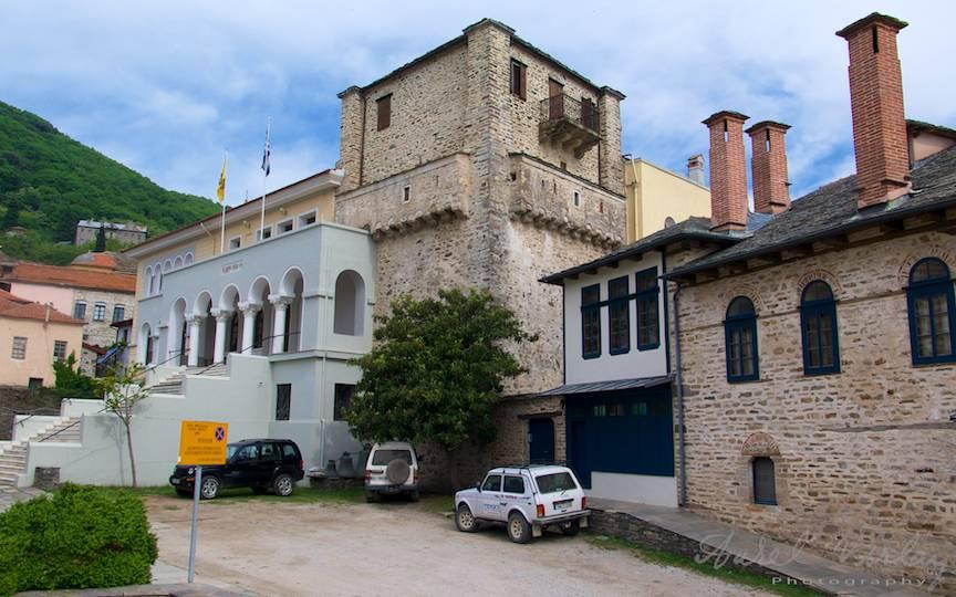 Kinotica reprezinta Palatul Patriarhal al Sfantului Munte Athos.