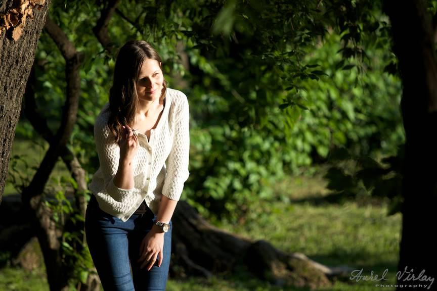 Portrete foto in aer liber cu lumina laterala.
