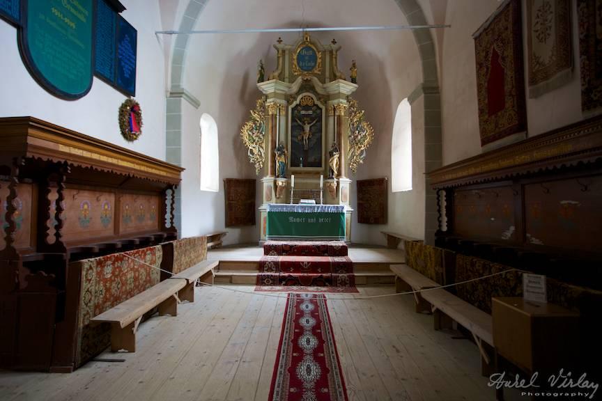 Altarul Bisericii Fortificate Harman.