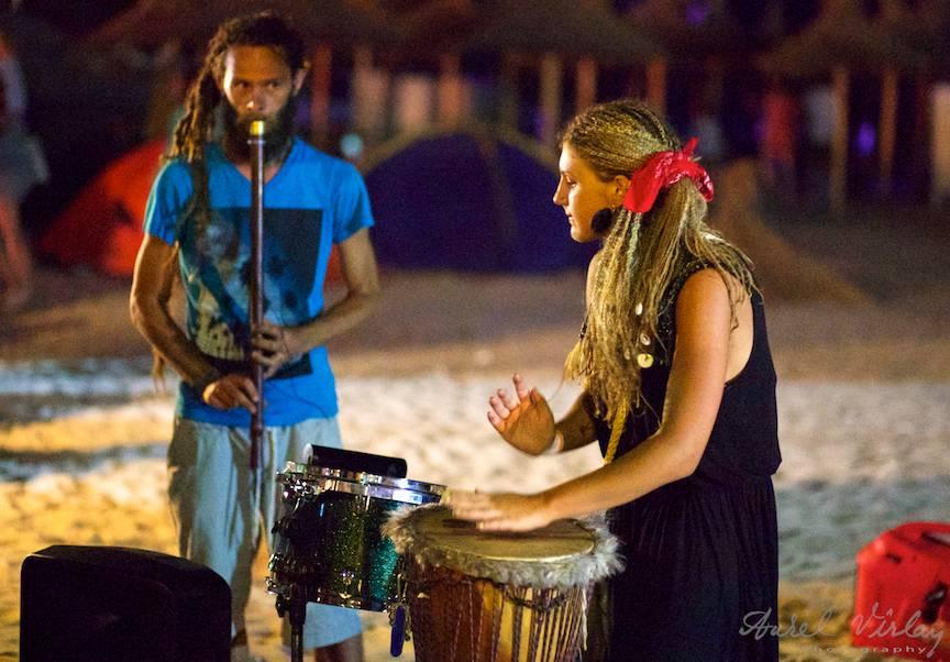 Drum'n Flute: Roxana Zanga si Daath Yug in Vama Veche.