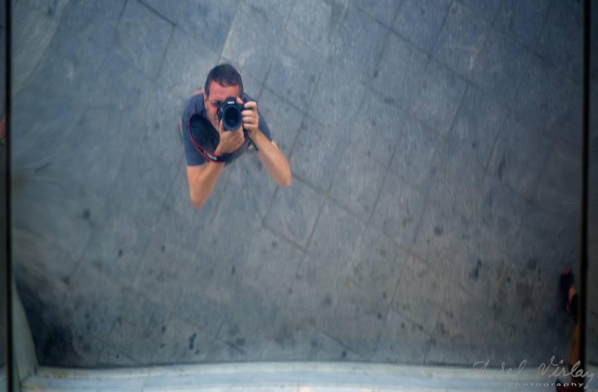 Fotografii de strada z autoportret reflex tavan - AurelVirlan EmailS3