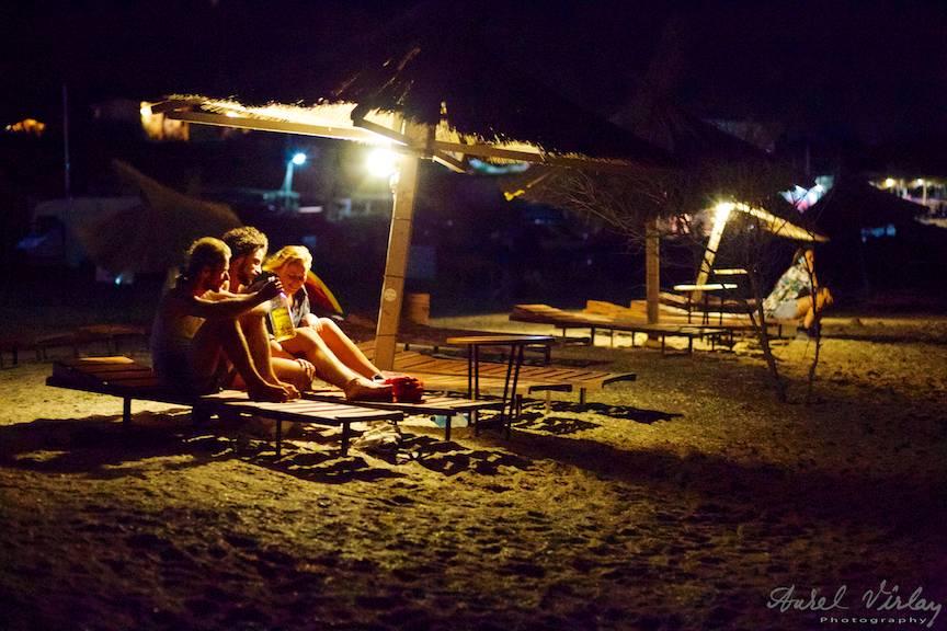 Fotografie in miez de noapte la Plaja de Carte.