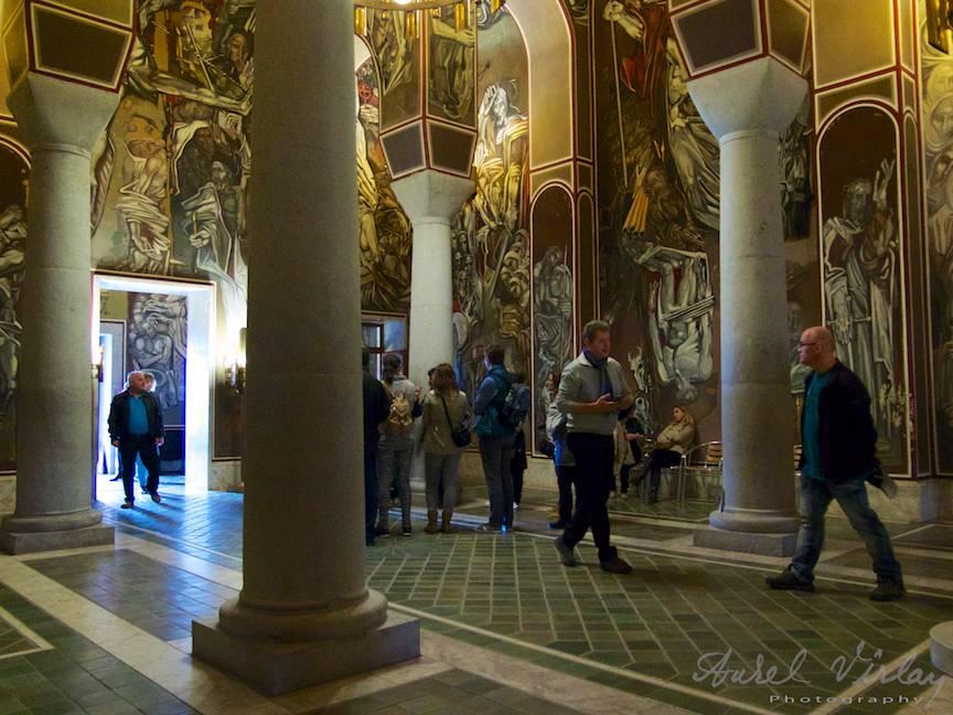 Excursie Velico-Tarnovo - Foto Aurel Virlan - 12a interiorul Bisericii pictate curajos de modern