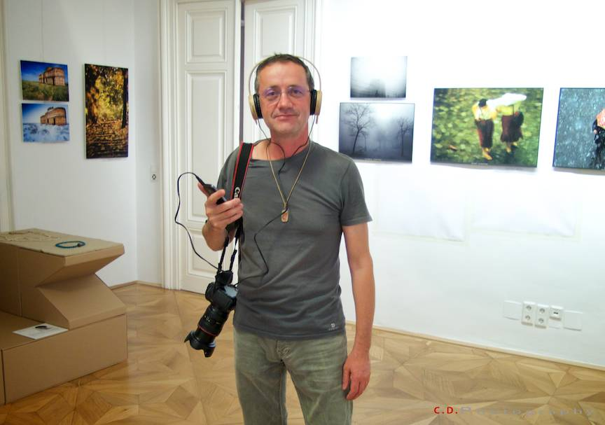Expozitie Fotografie Inspired by Bucharest ICR Viena - Intre Fotografii si Muzica cu arma pe umar.