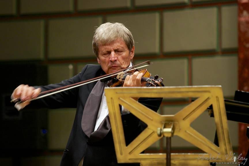 Violonistul Uto Ughi Seara Concert Ateneul Roman - foto AurelVirlan Emails-44