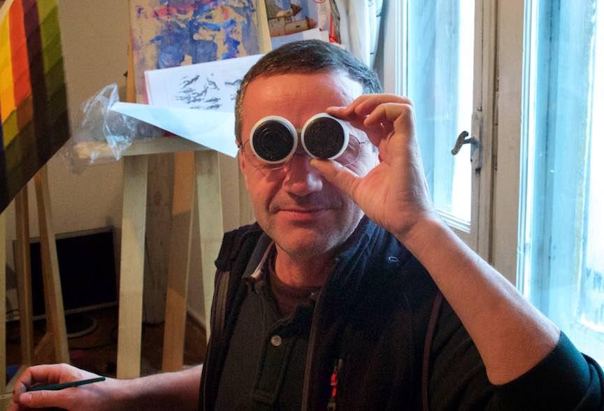 Curs Pictura CasaArte - Foto Web-Size-  Fotograful Aurel (Aur El) cu chef de gluma ca de obicei.